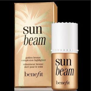 Benefit Cosmetics - Sun Beam - Golden Bronze
